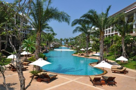 Ravindra Beach Resort & SPA 4*+ от 1025 $