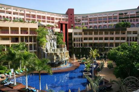 Jacaranda Hotel 4*
